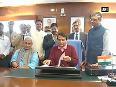 suresh prabhu video