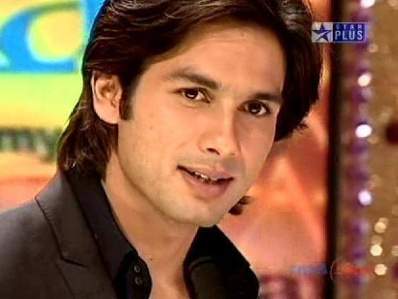 sahid kapoor wallpaper. shahid-kapoor-wallpaper