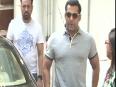 Salman Khan Rides A Bike Without Wearing Helmet
