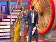 Salman Khan Does TOWEL DANCE With Gutthi