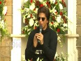 Shah Rukh Khan Gives Acting Tips To Newcomers