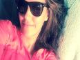 Priyanka, Anushka, Alia 's Hot Bedroom Selfie