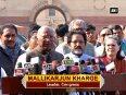 Opposition submits memorandum to President Mukherjee on demonetisation