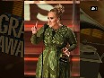 Elegant Adele stuns in green gown at 2017 Grammys