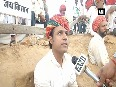 Farmers bury themselves in pit to protest against acquisition of land