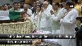LK Advani, Uddhav Thackeray pay tribute to Ex-PM Vajpayee