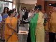 Indian national Uzma who was stuck in Pakistan meets EAM Sushma Swaraj