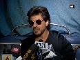 Deeply saddened by fan's death in Vadodara: Shah Rukh