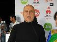 Anupam Kher, wife Kirron Kher slam filmmakers for returning National Award