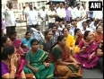 Hyderabad government employees protest against telangana