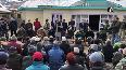 Omar Abdullah reaches Kargil to meet local leaders.mp4