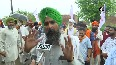 Farmers union in Amritsar protests against COVID-19 testing.mp4