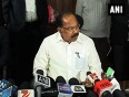 Veerappa moily takes additional charge as environment minister