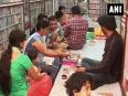 Muslim artisans make lac bangles for hindu customers in jaipur encouraging communal harmony