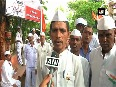 Dabbawalas hoist tricolour, perform holy rituals on 70th I-Day
