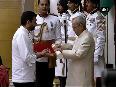 President Mukherjee confers Padma awards at Rashtrapati Bhavan