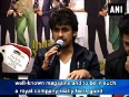 Sonu nigam and manish paul unveils society magazines special edition