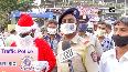 Dressed as Santa, Mumbai traffic cop spread road safety, COVID-19 awareness.mp4
