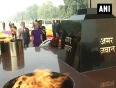 Belgium princess pays floral tribute to world war i soldiers at india gate