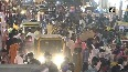 Huge crowd flout social distancing norms in TNs Madurai as Diwali nears.mp4
