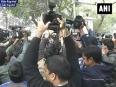 Arvind kejriwal to be delhi cm  swearing in at ramlila maidan