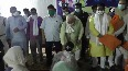 Social distancing norms flouted during Chhattisgarh Minister s birthday celebration.mp4