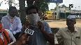 Let us earn some money, say Nashik farmers on onion price hike.mp4