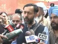 Urge volunteers to be patient will not let anything break party yogendra yadav
