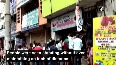Large crowd gathered outside liquor shop in Visakhapatnam, social distancing norms flouted.mp4