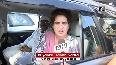Priyanka en route to Agra from Lucknow, stopped by police