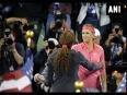 Us open final serena williams beats victoria azarenka  equals federer s record