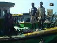 Sri Lankan Navy chases away Indian fishermen