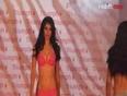 Models show off  SUPERHOT lingerie