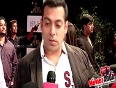 Sunny Leone Keen To Work With Salman Shahrukh and Aamir
