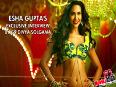Esha Comments On Saif Riteish Rams Bikini Scene In Humshakals
