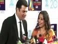 Vidya Balan and Siddharth Roy Kapur at Zee Cine Awards 2013 !