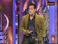 When Salman pushed Shah Rukh Khan off the bed