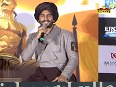Ranveer wants a pat on the back from superstar Salman