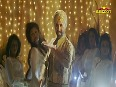 Akshay & Amy show their sexy moves in 'Singh And Kaur'