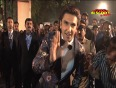 Is Ranveer SHY of getting intimate with Anushka