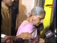 Why an ANGRY Jaya Bachchan PULLED a journalist's collar