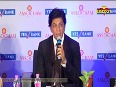 UNCUT - SRK MIXES HUMOUR WIT AND KNOWLEDGE IN HIS SPEECH