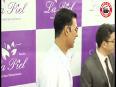 REVEALED: Akshay Kumar's AGELESS look