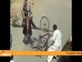 Funny pakistani people fighting - funny videos