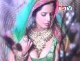 Poonam pandey turns new bride for alok nath