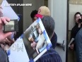 (VIDEO) Ryan Gosling MOBBED By Fans | Looks Rugged
