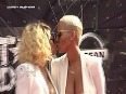 (VIDEO) Amber Rose KISS Blac Chyna At BET Awards 2015