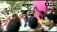 Scuffle-broke-out-between-Congress-workersand-BJP-supporters-at-borivali