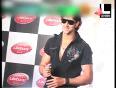 Hritik Roshan gets sexiest dad award