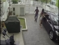 Brave-Girl-Fights-Back-with-Thief